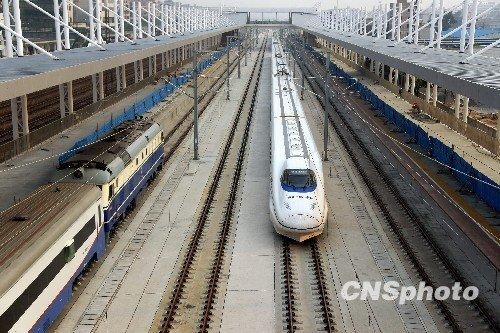 运营速度最高的高速铁路.武广高铁客运专线穿越湖北?-中国高速铁