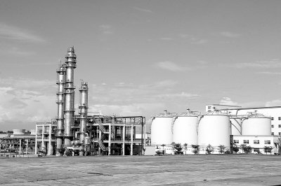 燃料乙醇产业:乘低碳之风整装待发
