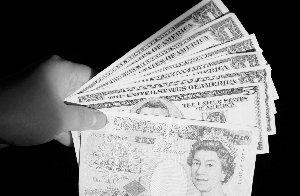 跌势汹汹 英镑沦为欧元难兄难弟