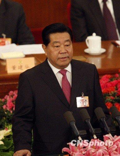 贾庆林作政协常委会工作报告 强调五个必须