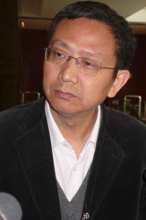 政协委员贾康:物业税开征后房价应会逐步下降