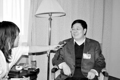 杨子强:制定社区投资法支持三农