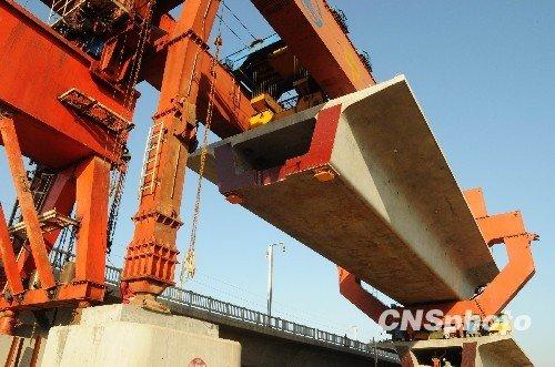 刘志军:中国高铁不奢华浪费 今后票价将会很低