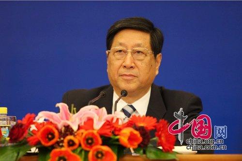 张平:2009年政府调结构取得重大成效