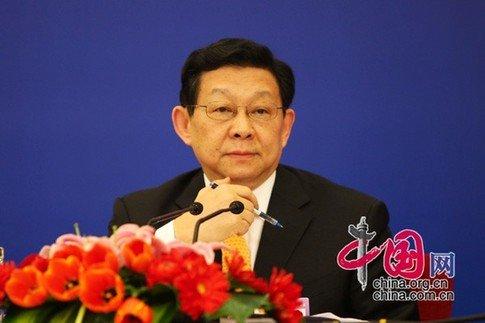 陈德铭:中国促进内需、启动消费让全球受益
