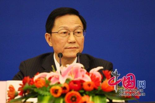 谢旭人:今年将更注重调结构 深化财税改革