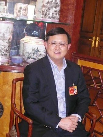 香港资源财团拯救福记败阵 图谋高铁餐饮触礁
