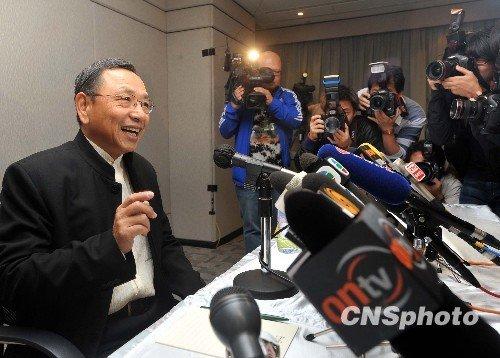 香港亚视股权风波再升级 两大股东隔空对骂