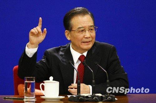 温家宝:中国已成各国出口市场 人民币没低估