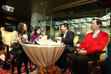 图文:分众传媒CEO江南春与嘉宾交流