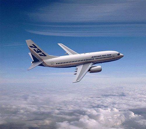 媒体称波音737或有安全隐患 专家辟谣:绝对安全