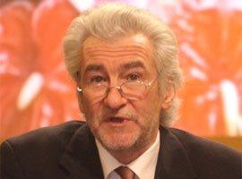 英国剑桥大学教授彼得・诺兰普斯基