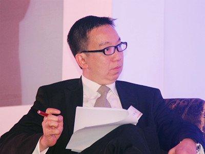 图文:在华跨国企业的新挑战环节主持人谢明发