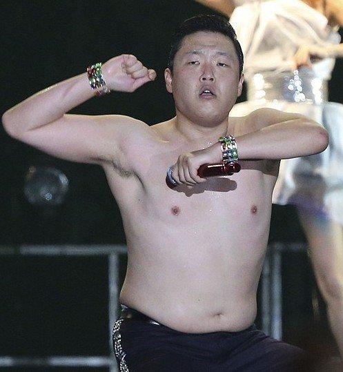 神曲 江南Style 创收330亿韩元 鸟叔狂赚150亿