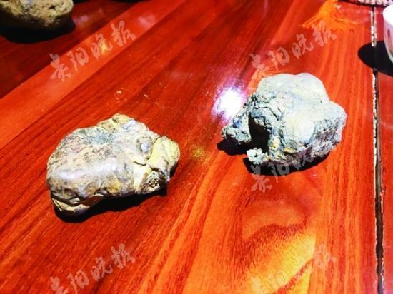 退休矿工捡到黑疙瘩 认为是陨石寻专家鉴定