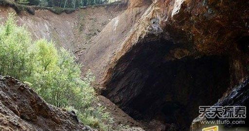 男女发现破旧山洞:进去看后被彻底惊呆了