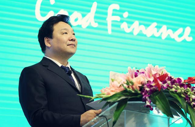 图文:中国人民大学校长陈雨露