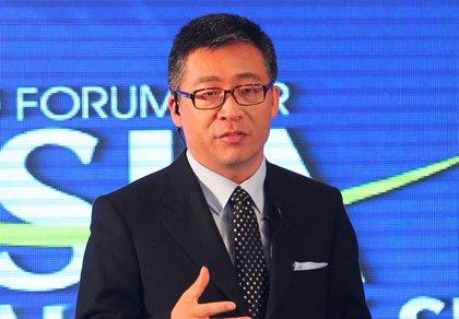图文:中央电视台主持人杨锐