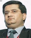 标准普尔金融服务评级董事总经理兼分析部门首席经理Ritesh MAHESHWARI