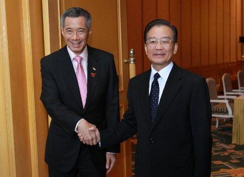 温家宝会见新加坡总理李显龙