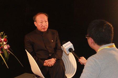 图文:对话海航集团董事局主席陈峰