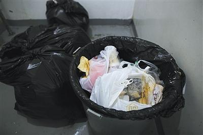 三大外卖平台被诉环境污染
