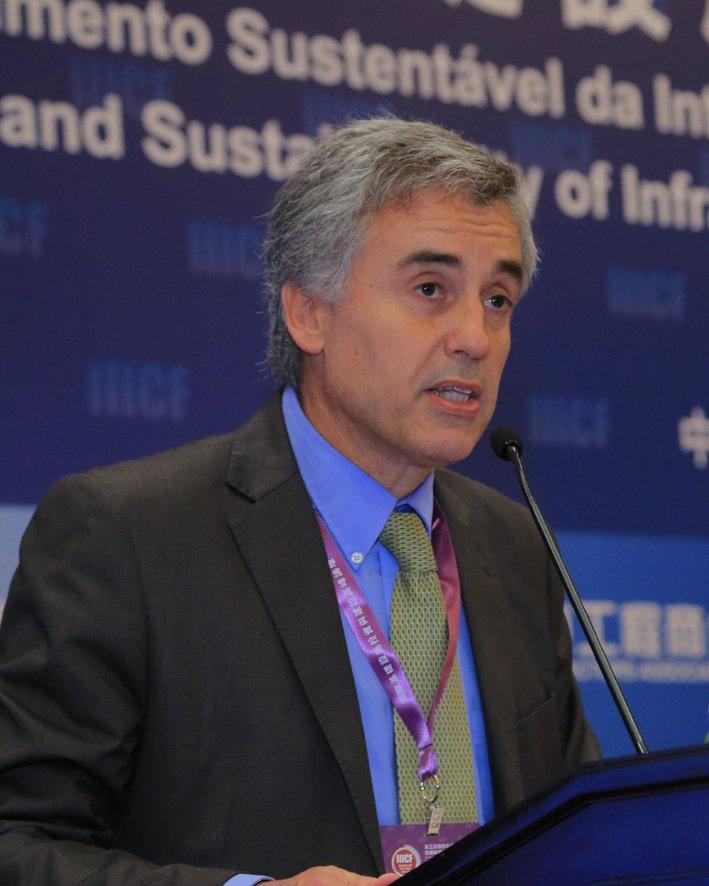 泛美开发银行对外推广和伙伴合作部部长 Bernardo Guillamon