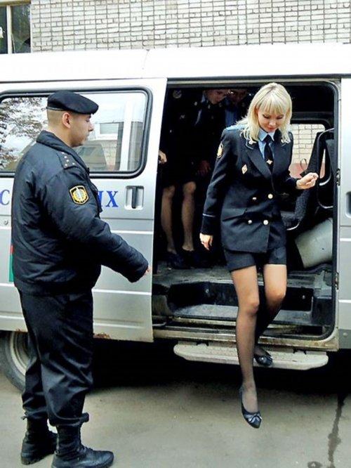 实拍俄罗斯内务部女警察