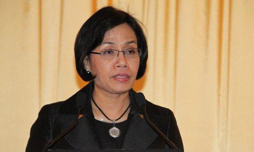 图文:世界银行常务副行长英卓华
