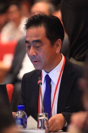 图文:日本野村综合研究所常务理事谷川史郎