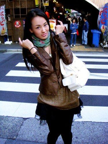 美女日本街头自拍照组图