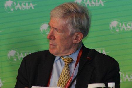 图文:美国副国务卿罗伯特-霍尔迈茨
