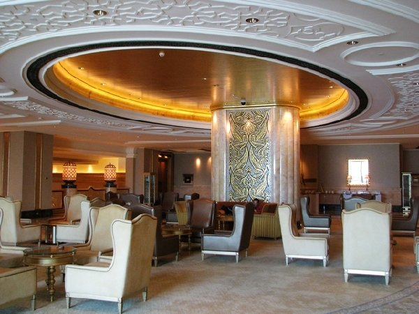 40吨黄金打造的八星级酒店(组图) - 科学探索 - 科学探索