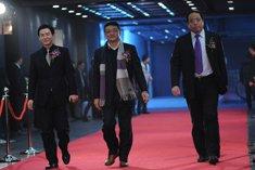 苏培科、曲宏、许维鸿等走过红毯