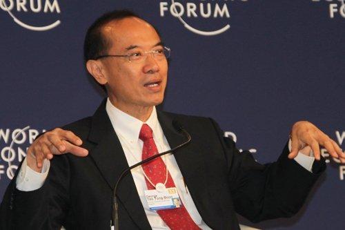 杨荣文:压力和威胁不能解决实际危机