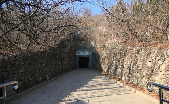 最寒酸的国宝汉墓 曾挖万件文物如今只剩空山洞