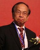 厦门大学教授张亦春