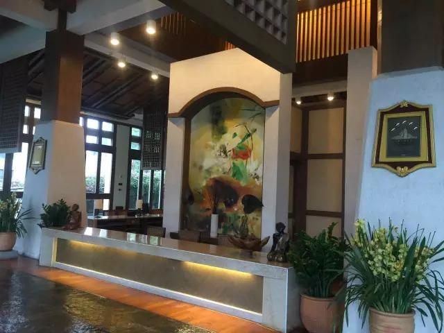 赵薇和她背后的隐秘富豪 一场普通饭局结识马云
