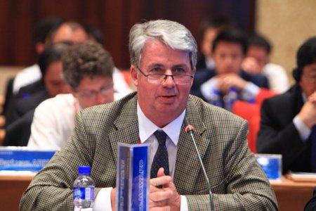 图文:澳大利亚全球基金会秘书长史蒂芬-霍华德