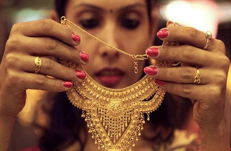 印度去年黄金进口量预计大增67% 珠宝商补充库存