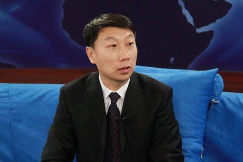 伊利集团副总裁靳彪