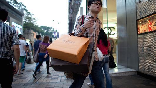 奢侈品制造商在华降价或损害盈利