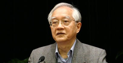 吴敬琏:新型城镇化需要体制改革