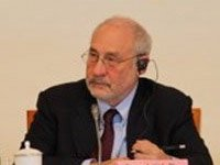 诺贝尔经济学奖得主斯蒂格利茨