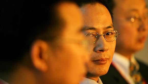 汪潮涌和李亦非用空壳公司高溢价拿下了深圳惠