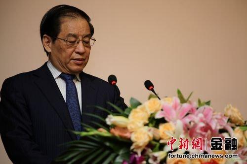 刘明康:发展商业可持续的普惠金融道路 改革是根本