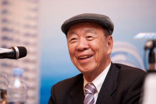 吕志和超李嘉诚成亚洲新首富 身家296亿美元
