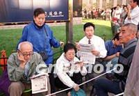 2001年9月中国第一只开放式基金发行