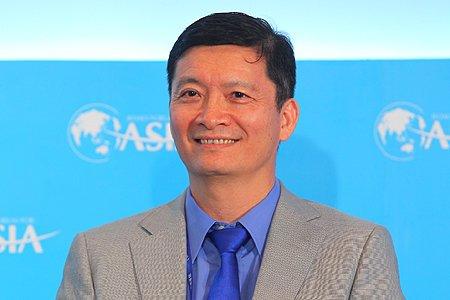 图文:长江商学院院长副院长王一江