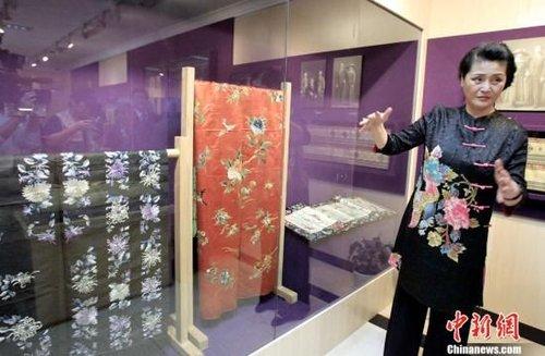 隋永清藏宋庆龄文物展首度亮相上海